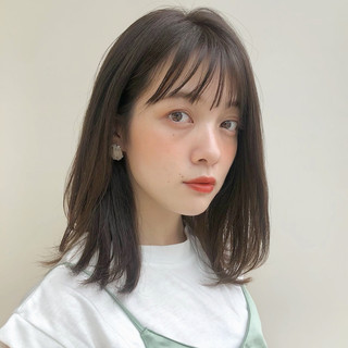 レイヤースタイル 鎖骨ミディアム フェミニン ミディアム ヘアスタイルや髪型の写真・画像