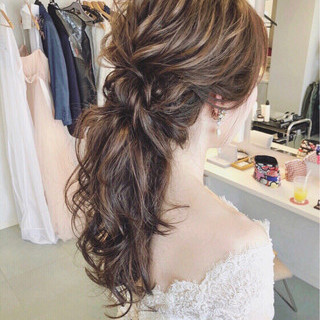 大人女子 ヘアアレンジ 結婚式 ナチュラル ヘアスタイルや髪型の写真・画像 ヘアスタイルや髪型の写真・画像