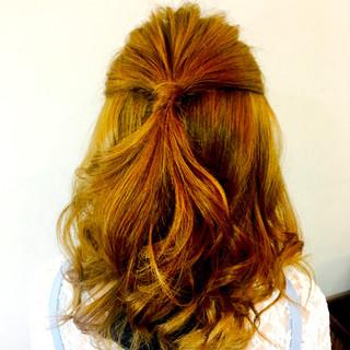 簡単ヘアアレンジ ハーフアップ ショート デート ヘアスタイルや髪型の写真・画像