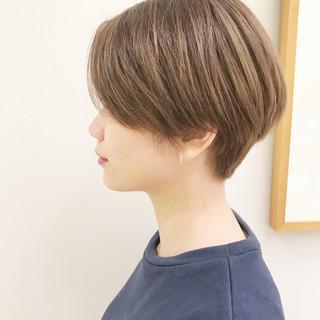 ナチュラル デート パーマ ショート ヘアスタイルや髪型の写真・画像 ヘアスタイルや髪型の写真・画像
