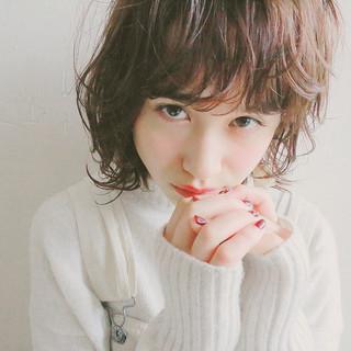 抜け感 外国人風 ショートバング ナチュラル ヘアスタイルや髪型の写真・画像