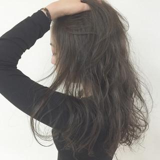 ゆるふわ パーマ 暗髪 外国人風 ヘアスタイルや髪型の写真・画像 ヘアスタイルや髪型の写真・画像