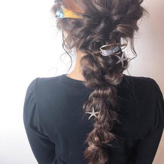 ナチュラル 簡単ヘアアレンジ デート ロング ヘアスタイルや髪型の写真・画像