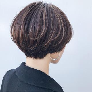 大人かわいい イルミナカラー オフィス ハイライト ヘアスタイルや髪型の写真・画像
