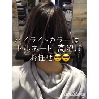 外国人風 グレージュ ハイライト タンバルモリ ヘアスタイルや髪型の写真・画像