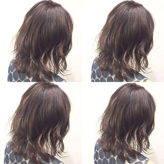 ミディアム フェミニン ハイライト ガーリー ヘアスタイルや髪型の写真・画像 ヘアスタイルや髪型の写真・画像