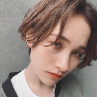 アウトドア ウェーブ アンニュイ スポーツ ヘアスタイルや髪型の写真・画像 ヘアスタイルや髪型の写真・画像