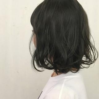 ストリート ボブ スモーキーアッシュ アッシュ ヘアスタイルや髪型の写真・画像