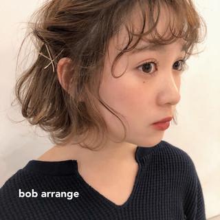 アンニュイほつれヘア 簡単ヘアアレンジ ヘアアレンジ ガーリー ヘアスタイルや髪型の写真・画像