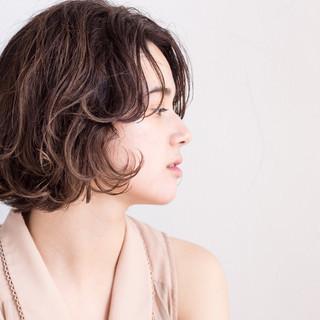 ウェットヘア クラシカル ニュアンス カール ヘアスタイルや髪型の写真・画像