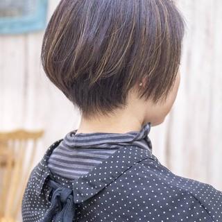 ミニボブ ショートヘア モード ハイライト ヘアスタイルや髪型の写真・画像