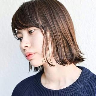 大人かわいい 外国人風 ハイライト ボブ ヘアスタイルや髪型の写真・画像