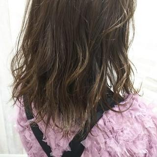 ヘアカラー ガーリー ダブルカラー セミロング ヘアスタイルや髪型の写真・画像 ヘアスタイルや髪型の写真・画像