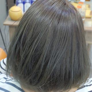 オフィス 女子力 アッシュ 透明感 ヘアスタイルや髪型の写真・画像