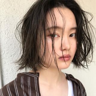 フェミニン ナチュラル パーマ エフォートレス ヘアスタイルや髪型の写真・画像