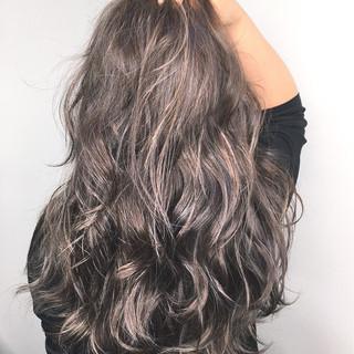 透明感 ロング アウトドア 秋 ヘアスタイルや髪型の写真・画像