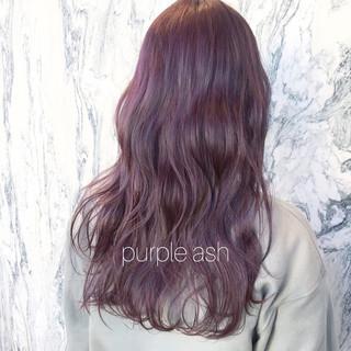 パープル パープルアッシュ ラベンダーカラー ミディアム ヘアスタイルや髪型の写真・画像