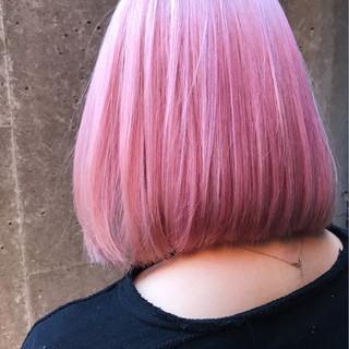 ガーリー ピンク ボブ ブリーチ ヘアスタイルや髪型の写真・画像 ヘアスタイルや髪型の写真・画像