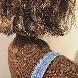 アンニュイ 外ハネ モード こなれ感 ヘアスタイルや髪型の写真・画像