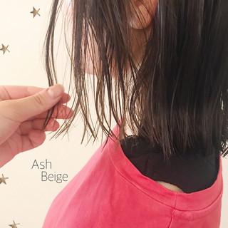 切りっぱなしボブ ゆる巻き ゆるナチュラル ナチュラル ヘアスタイルや髪型の写真・画像