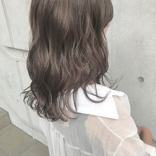 透明感 セミロング 大人女子 ナチュラル ヘアスタイルや髪型の写真・画像