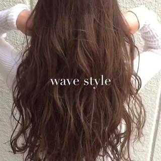 くせ毛風 ロング 暗髪 大人かわいい ヘアスタイルや髪型の写真・画像