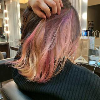 インナーカラー ガーリー ボブ インナーカラーレッド ヘアスタイルや髪型の写真・画像 ヘアスタイルや髪型の写真・画像