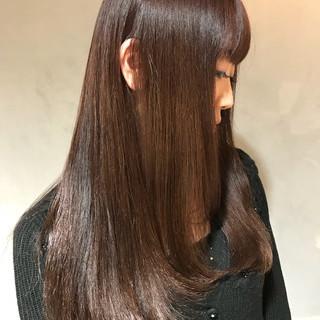 トリートメント 透明感 ロング ナチュラル ヘアスタイルや髪型の写真・画像 ヘアスタイルや髪型の写真・画像