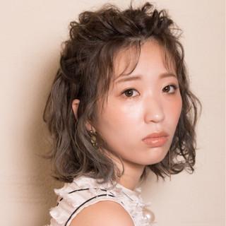 ヘアアレンジ シースルーバング 秋 フェミニン ヘアスタイルや髪型の写真・画像