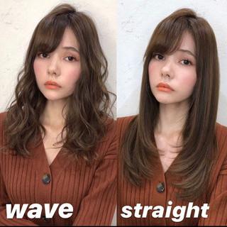 アッシュグレージュ レイヤーカット ミルクティーベージュ ロング ヘアスタイルや髪型の写真・画像