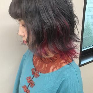 アッシュグレー ハイトーンカラー ストリート ボブ ヘアスタイルや髪型の写真・画像