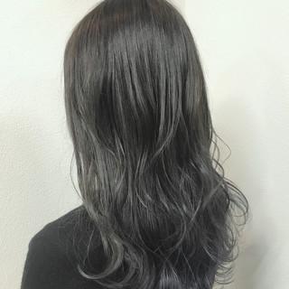透明感 ストリート セミロング グラデーションカラー ヘアスタイルや髪型の写真・画像 ヘアスタイルや髪型の写真・画像