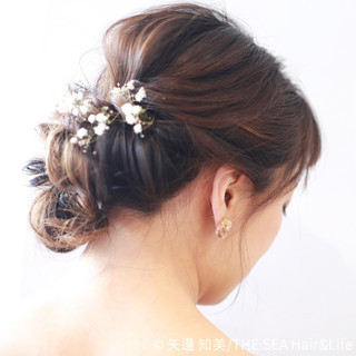 フェミニン 二次会 ツイスト 結婚式 ヘアスタイルや髪型の写真・画像
