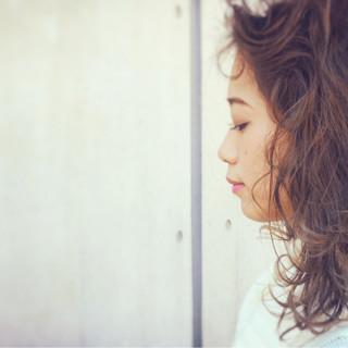 大人女子 アッシュ ストリート ミディアム ヘアスタイルや髪型の写真・画像