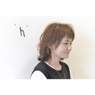 外ハネ ウルフカット 透明感 マッシュ ヘアスタイルや髪型の写真・画像