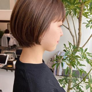 ショートボブ ゆるふわ ショート ナチュラル ヘアスタイルや髪型の写真・画像