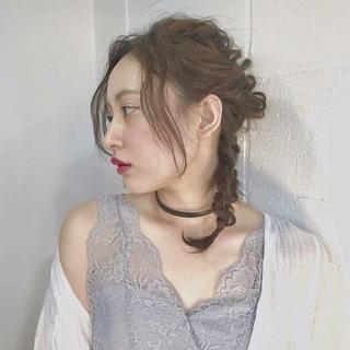 ミディアム パーマ おフェロ ガーリー ヘアスタイルや髪型の写真・画像