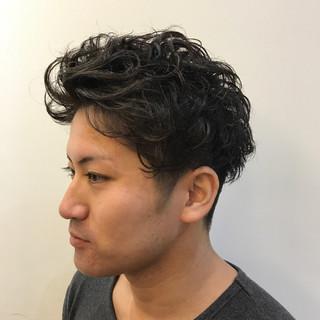 パーマ 刈り上げ ストリート ショート ヘアスタイルや髪型の写真・画像