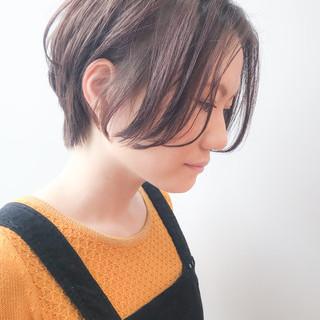 イルミナカラー ショート オフィス アンニュイほつれヘア ヘアスタイルや髪型の写真・画像