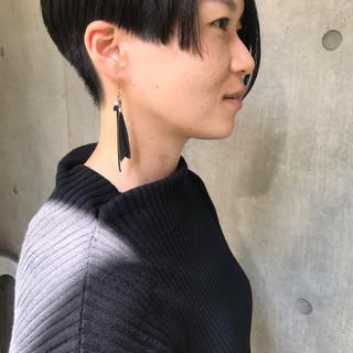 スポーツ 黒髪 オフィス モード ヘアスタイルや髪型の写真・画像 ヘアスタイルや髪型の写真・画像