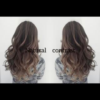 ナチュラル グラデーションカラー 外国人風カラー 3Dハイライト ヘアスタイルや髪型の写真・画像