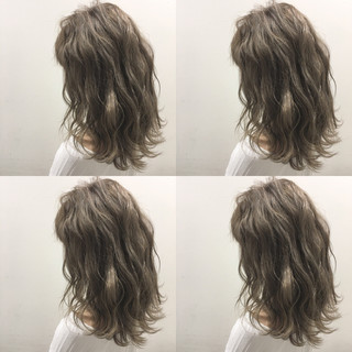 外国人風 ブラウン ハイライト ミディアム ヘアスタイルや髪型の写真・画像
