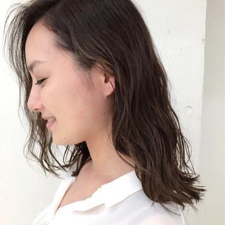 外国人風 ウェーブ ストリート ハイライト ヘアスタイルや髪型の写真・画像