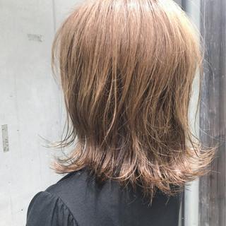 ハイライト ベージュ モード ヌーディベージュ ヘアスタイルや髪型の写真・画像