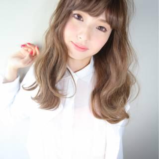 ガーリー 大人かわいい ロング ナチュラル ヘアスタイルや髪型の写真・画像 ヘアスタイルや髪型の写真・画像