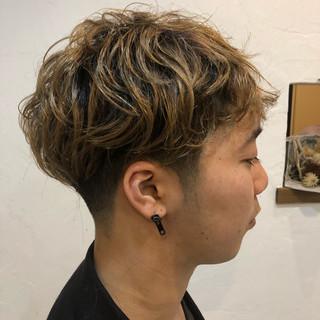 ブリーチ メンズカラー ストリート ショート ヘアスタイルや髪型の写真・画像