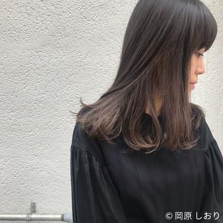 ブラウン モード 外国人風 セミロング ヘアスタイルや髪型の写真・画像 ヘアスタイルや髪型の写真・画像