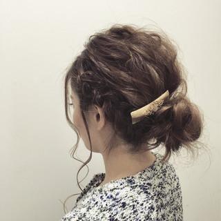 外国人風 セミロング ヘアアレンジ 波ウェーブ ヘアスタイルや髪型の写真・画像
