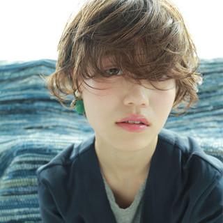 伸ばしかけ 大人かわいい ナチュラル 前髪あり ヘアスタイルや髪型の写真・画像