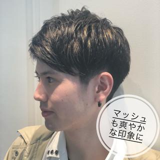 ツーブロック メンズヘア メンズマッシュ メンズショート ヘアスタイルや髪型の写真・画像